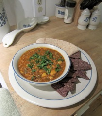 Lamb chili with white beans