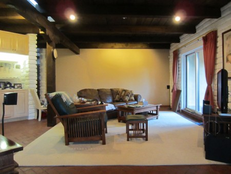 The main living area at Rancho Pendejo. A couple Brangoccios will soon adorn that far wall.