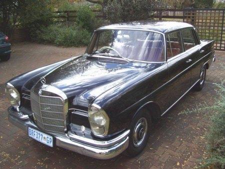 Mercedes 200S