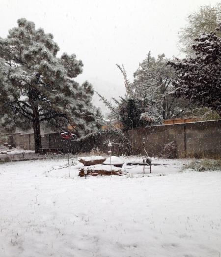 Mo' snow.